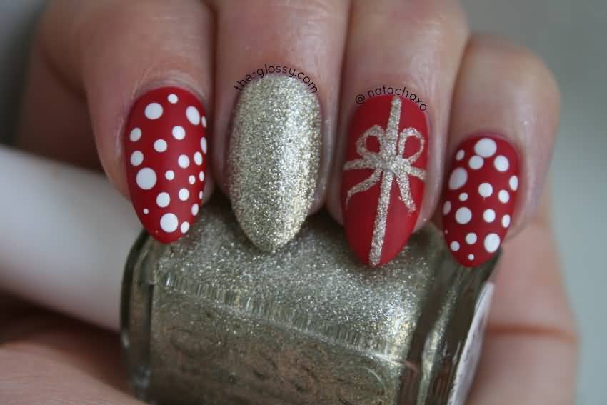 Red Nails And Glitter Bow Design Christmas Nail Art